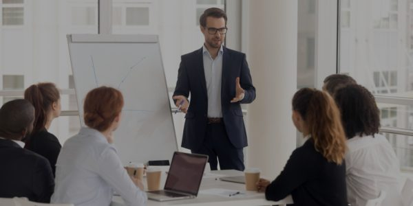 4 consigli per un leader in un momento di crisi - Poliedra Spa